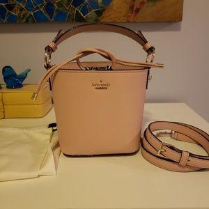 Kate Spade Pippa Bucket Bag - Warm Vellum Like New